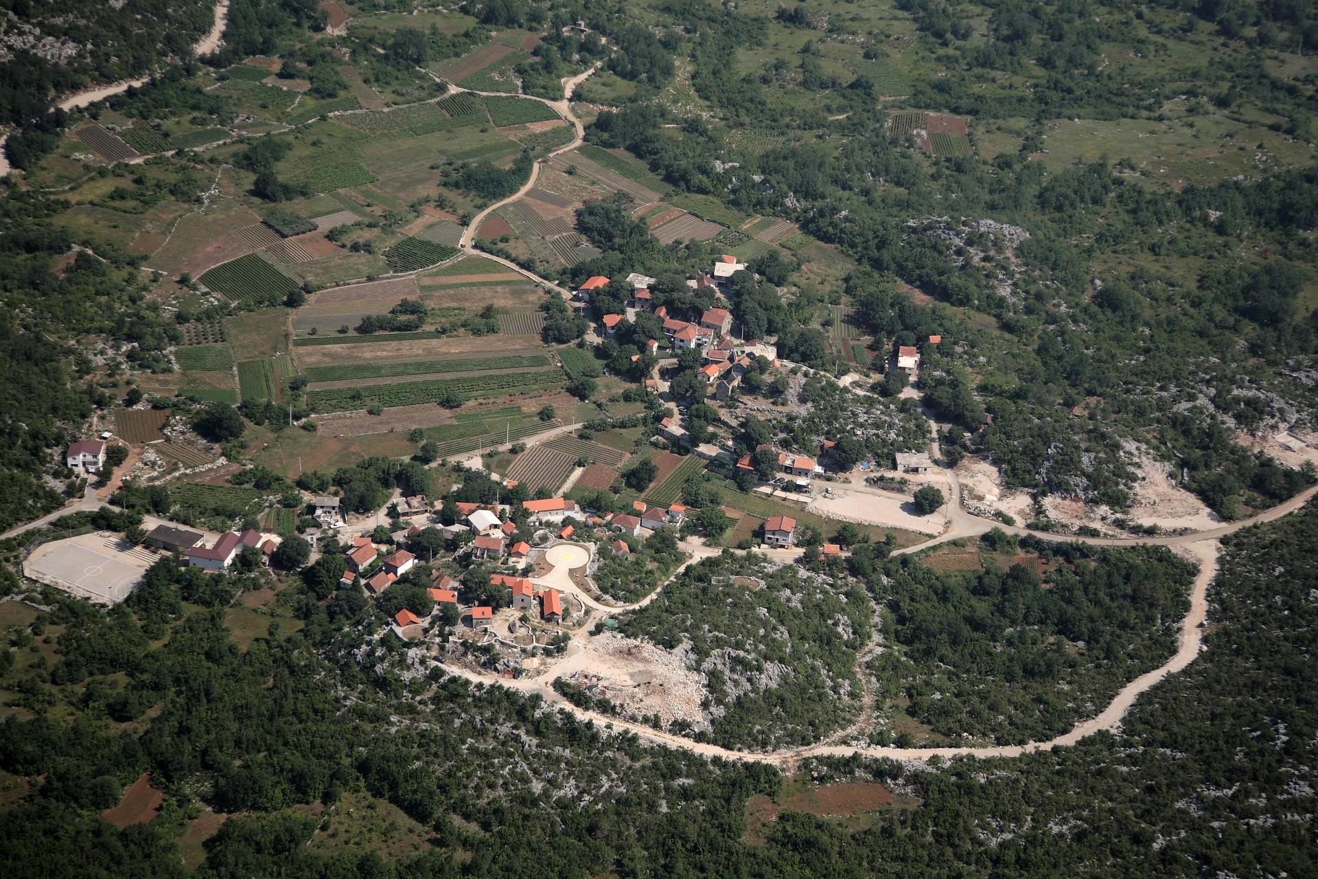 Etno-selo-Kokorici-iz-zraka-1